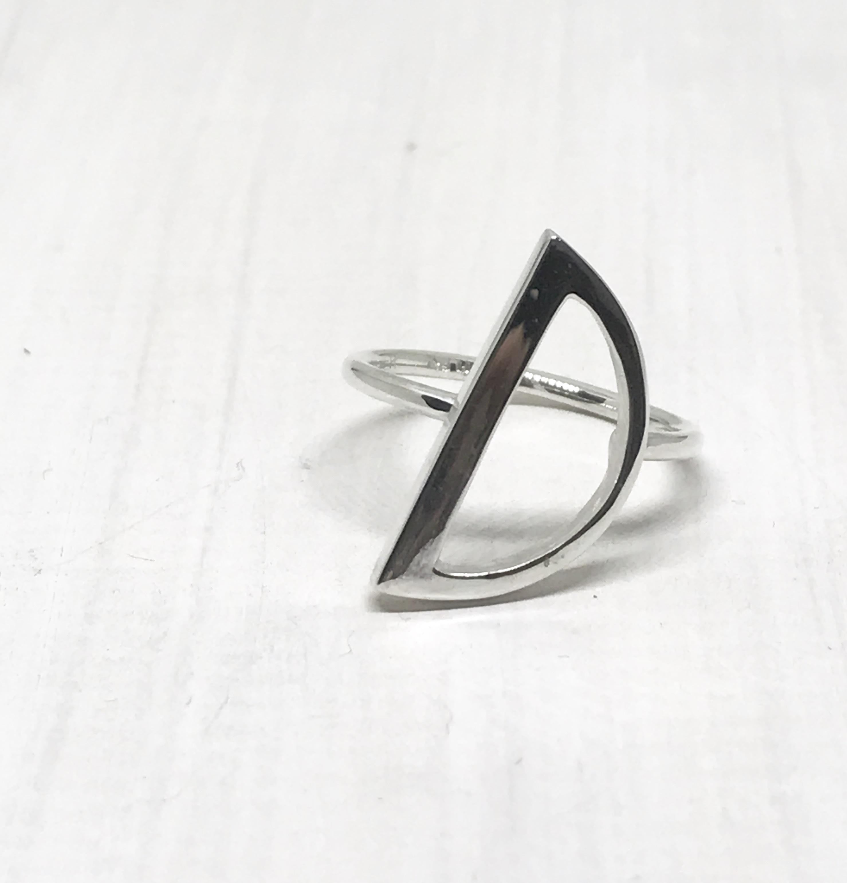 Half Moon_ring