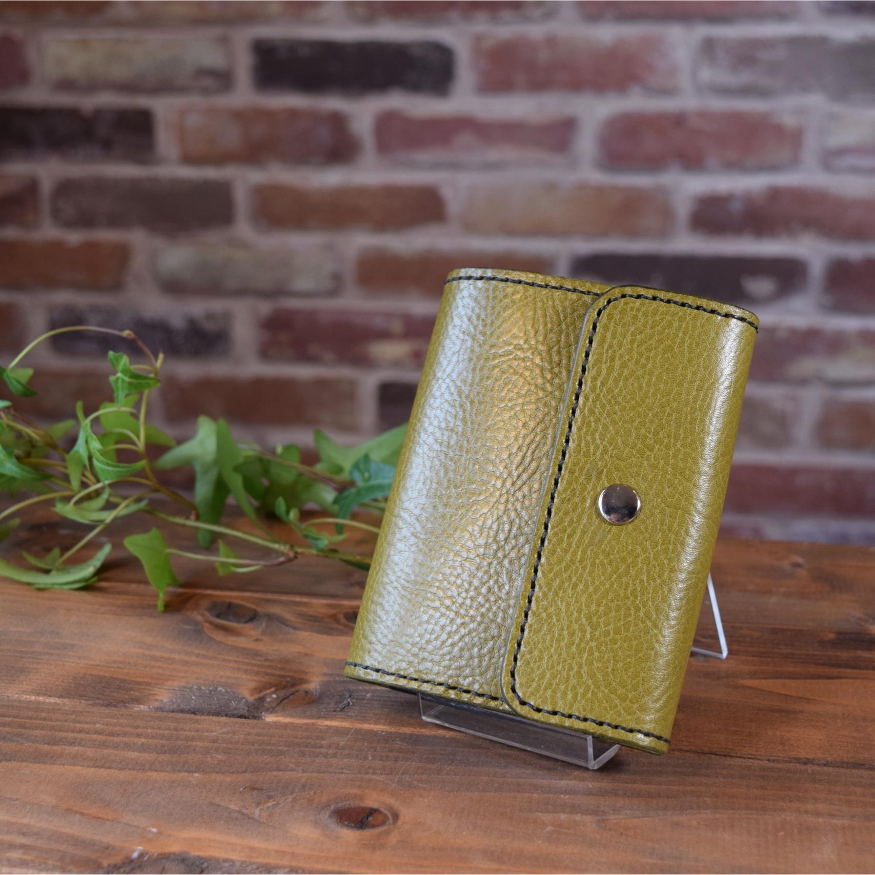 【受注制作】シンプルデザインの2つ折り財布(シュリンクレザー)