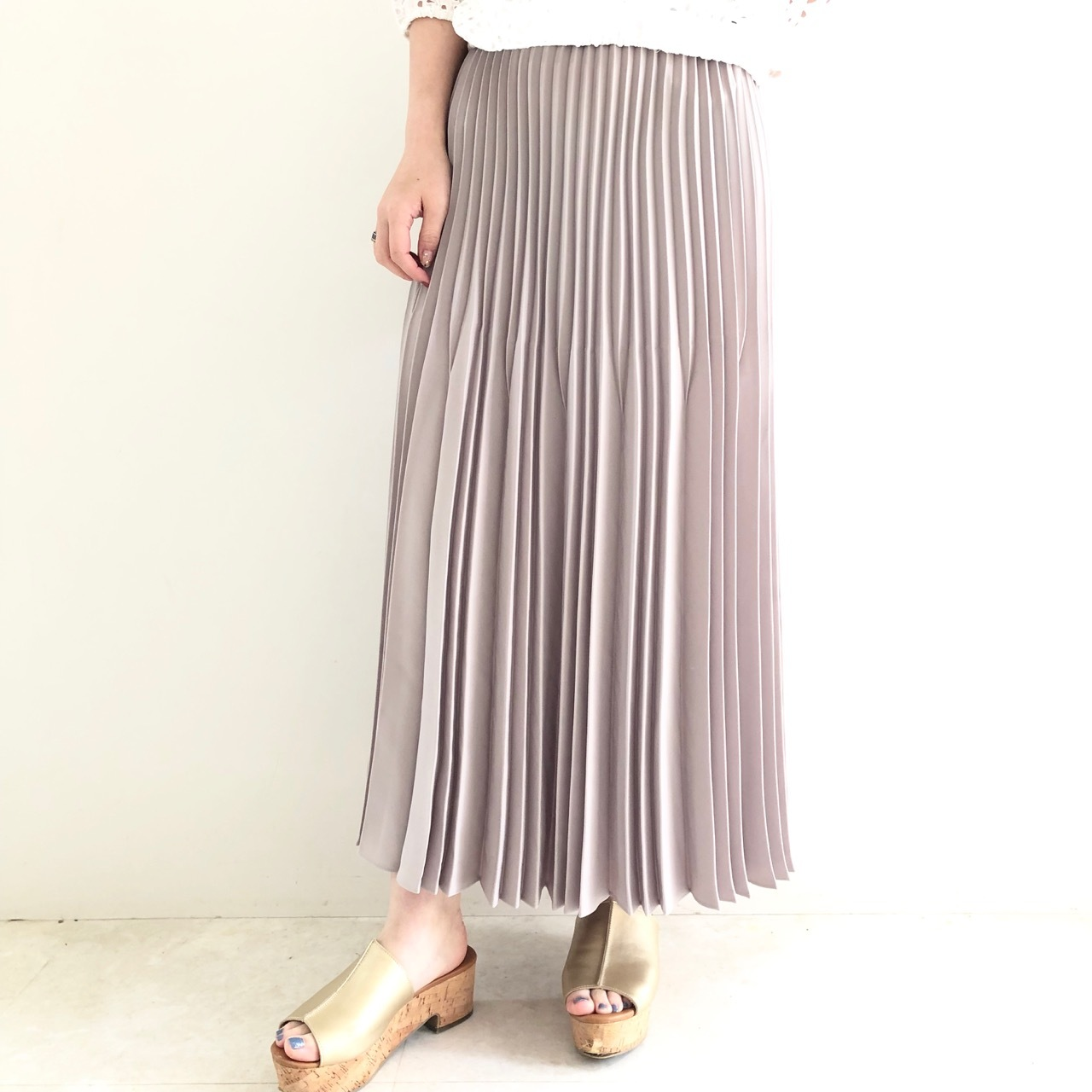 【 TRANOI 】変則プリーツスカート
