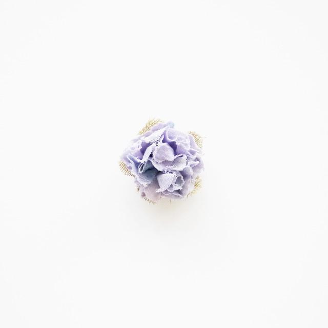 麻のコサージュ〈Sakira small〉Lavender
