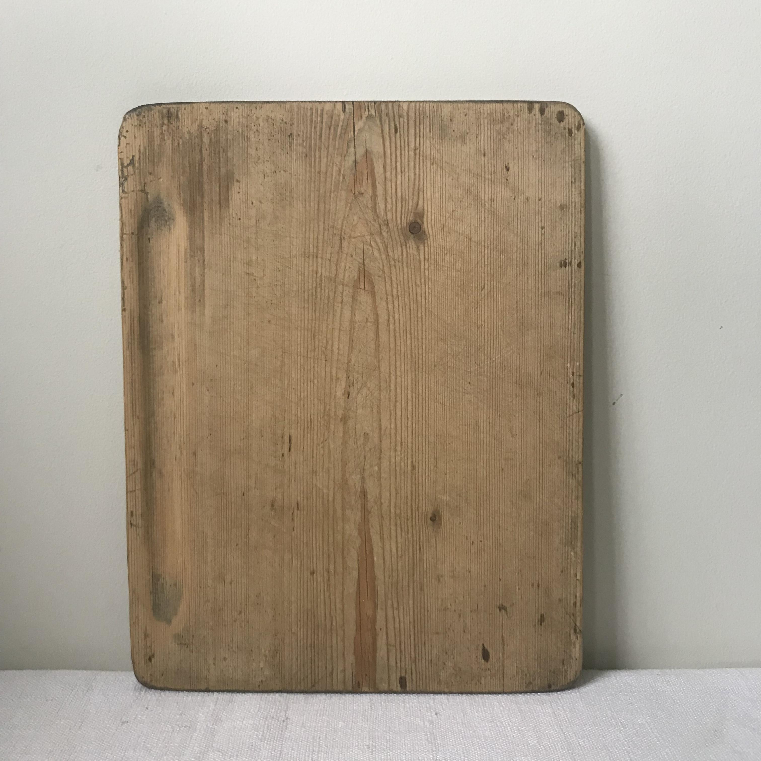 古びたチーズボード