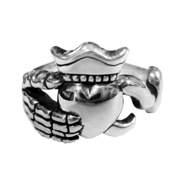 Pirates Claddagh Ring 【Lilac】
