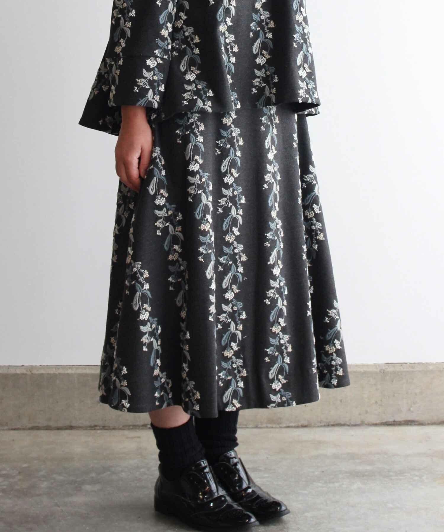 撫菜刺繍のフレアースカート  グレー (evh219-GRY)