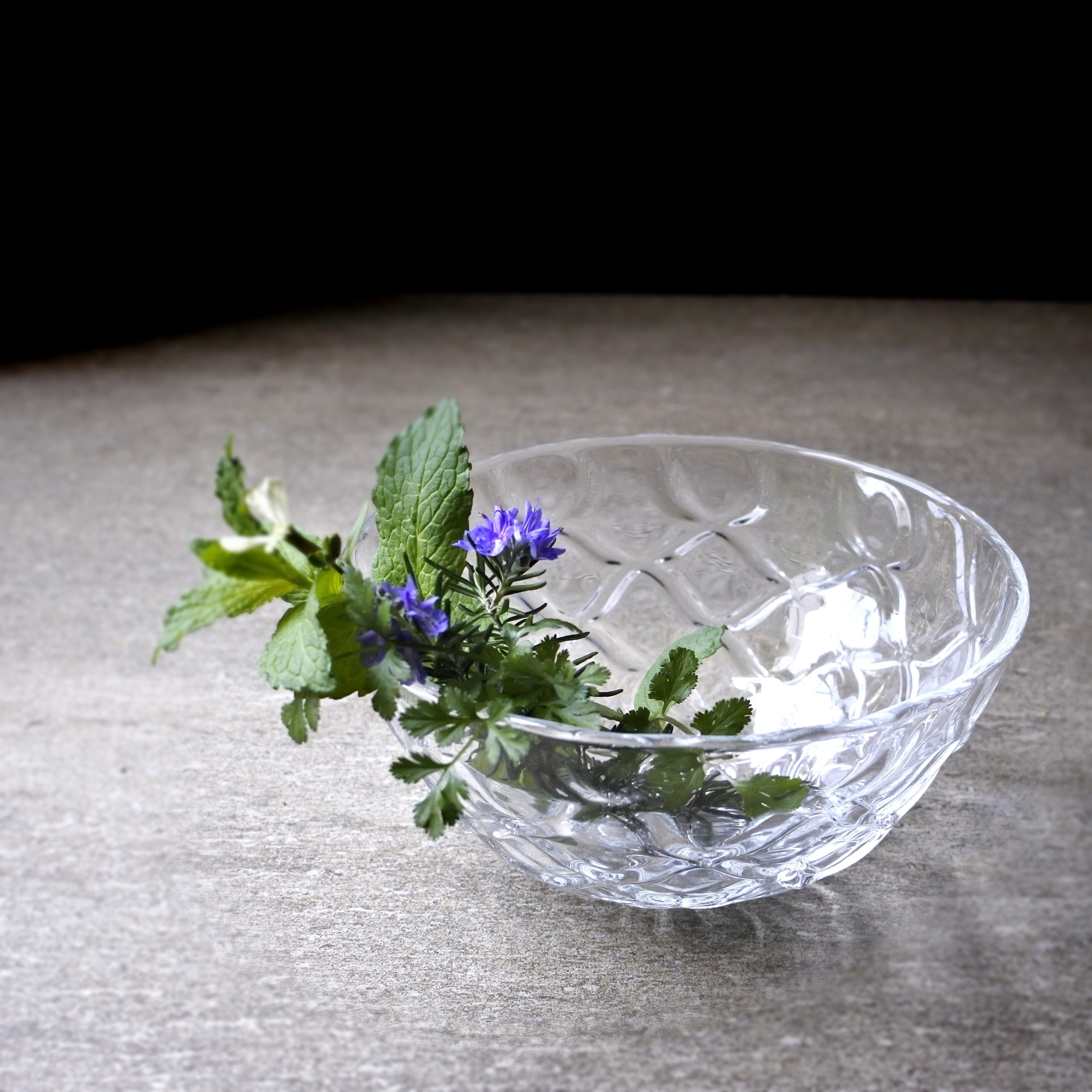 glass atelierえむに /ダイヤの鉢