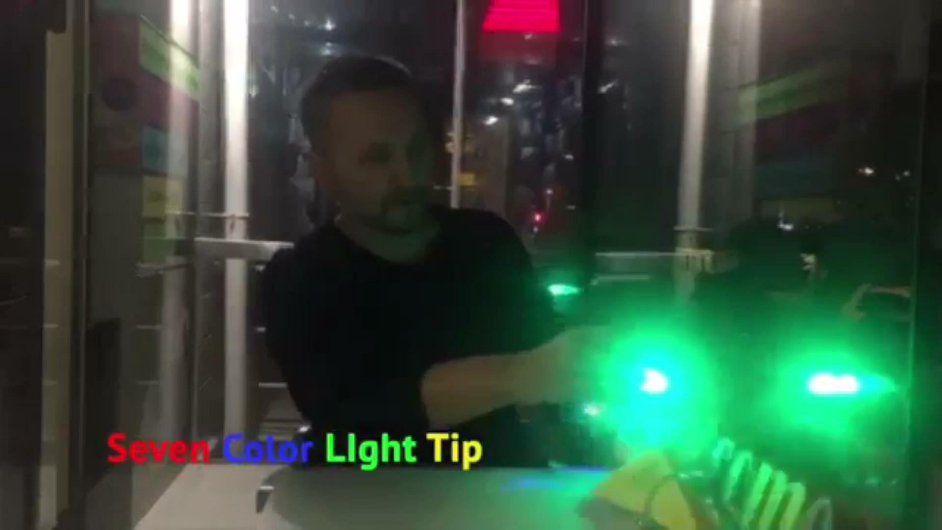 セブンカラーチップ 7色に光る眩いディライト! ヴィクターヴォイトコ製