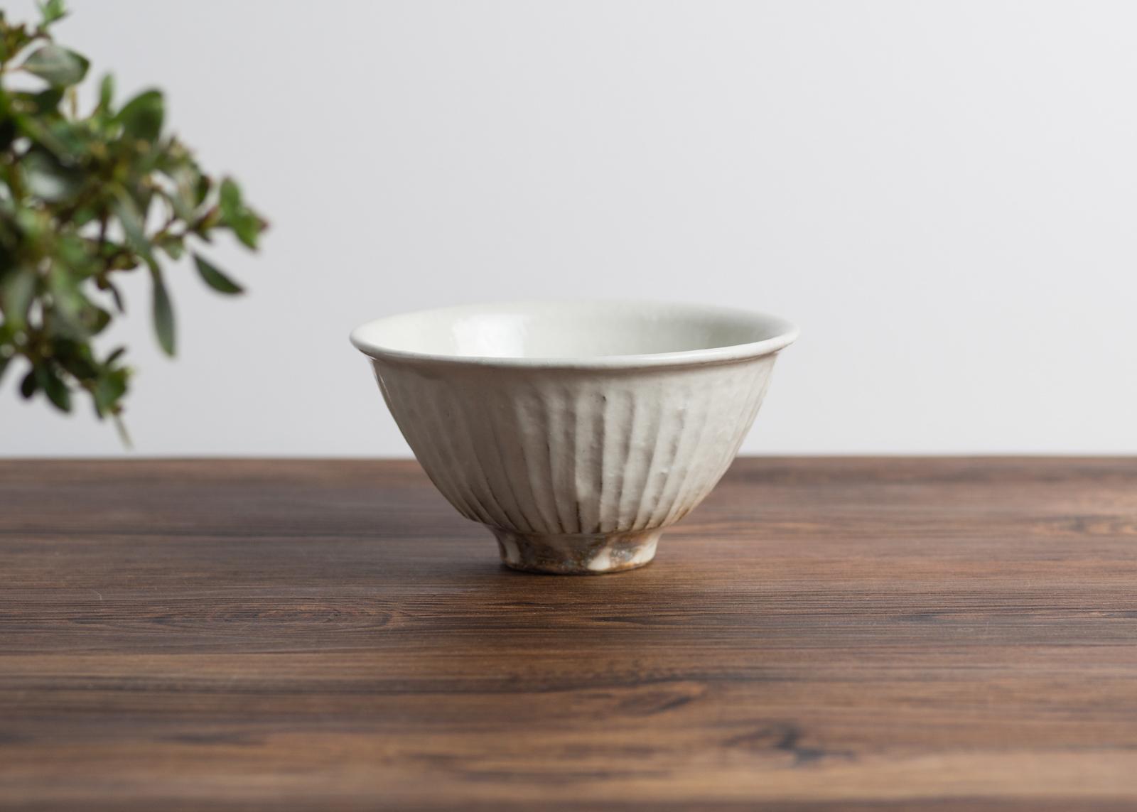 鉄散 線彫 めし碗(大)(信楽焼・ご飯茶碗・ちゃわん)/古谷 浩一