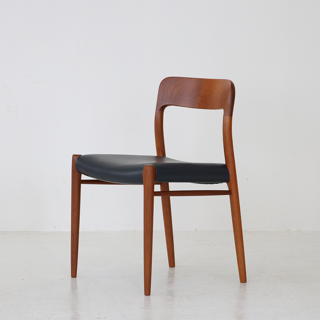 No.75 Dining chair (set of 4) / Niels O Moller for J.L Moller