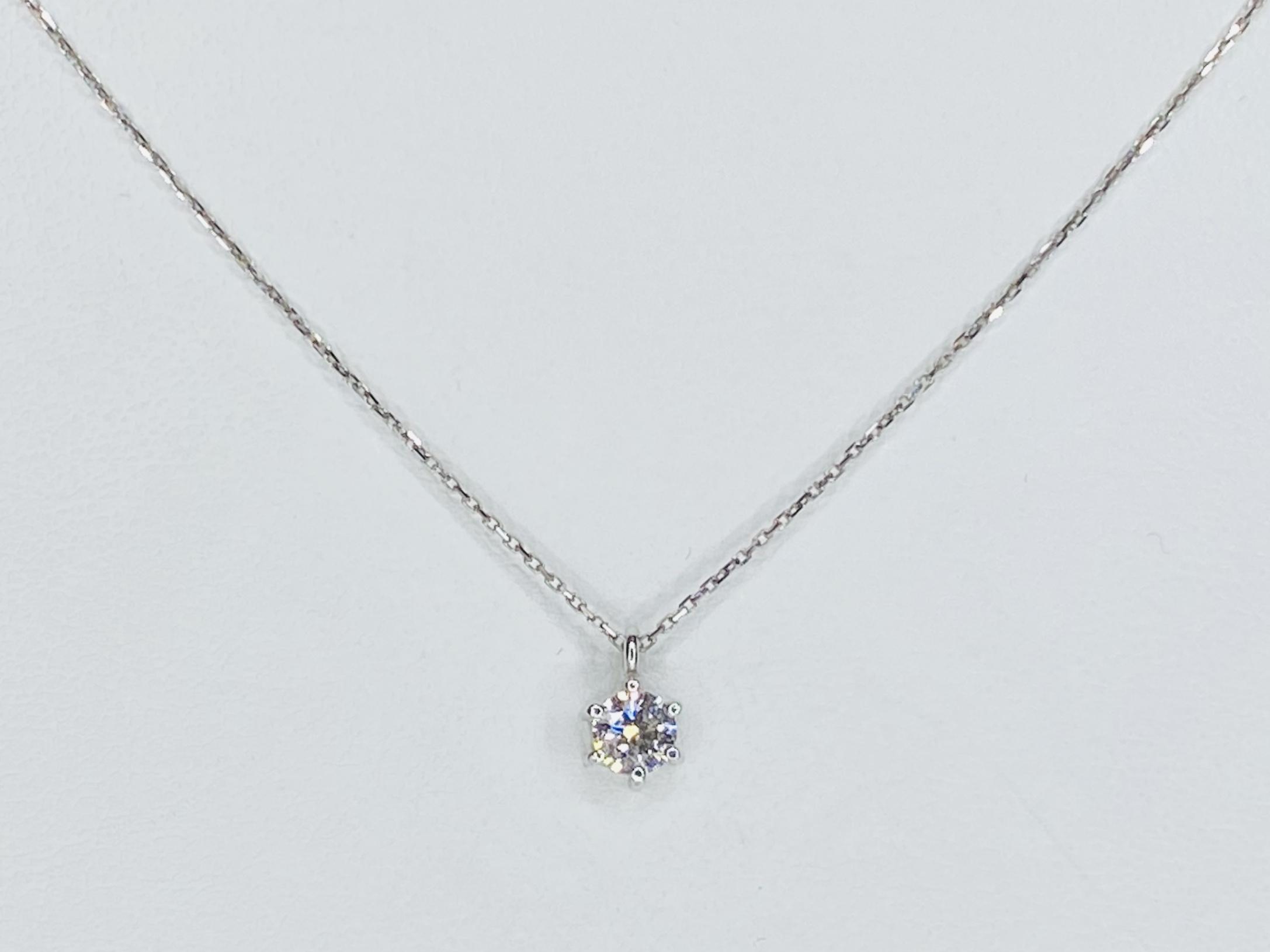 PT900/850 0.334ctダイヤモンドネックレス ●