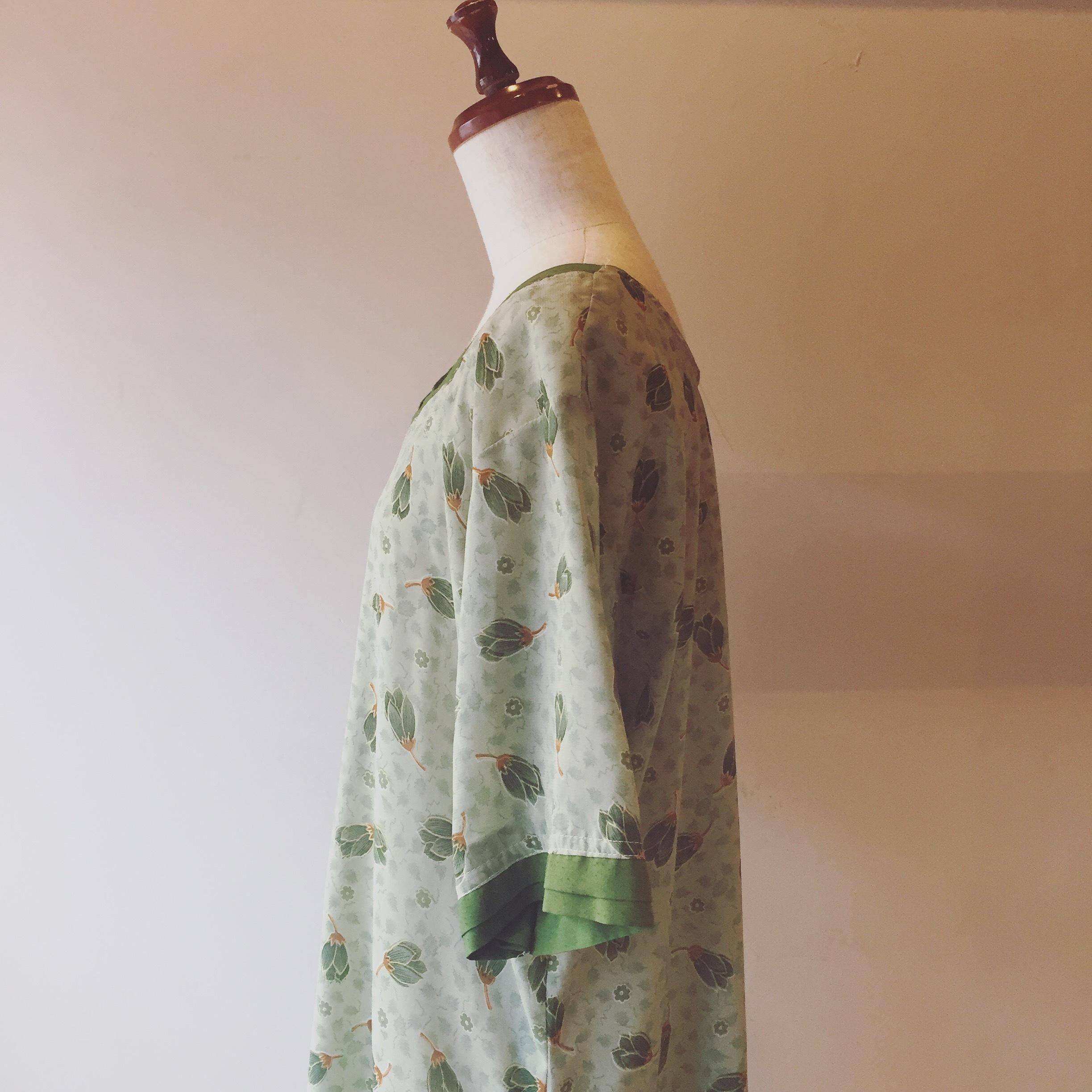 vintage tsubomi design onepiece