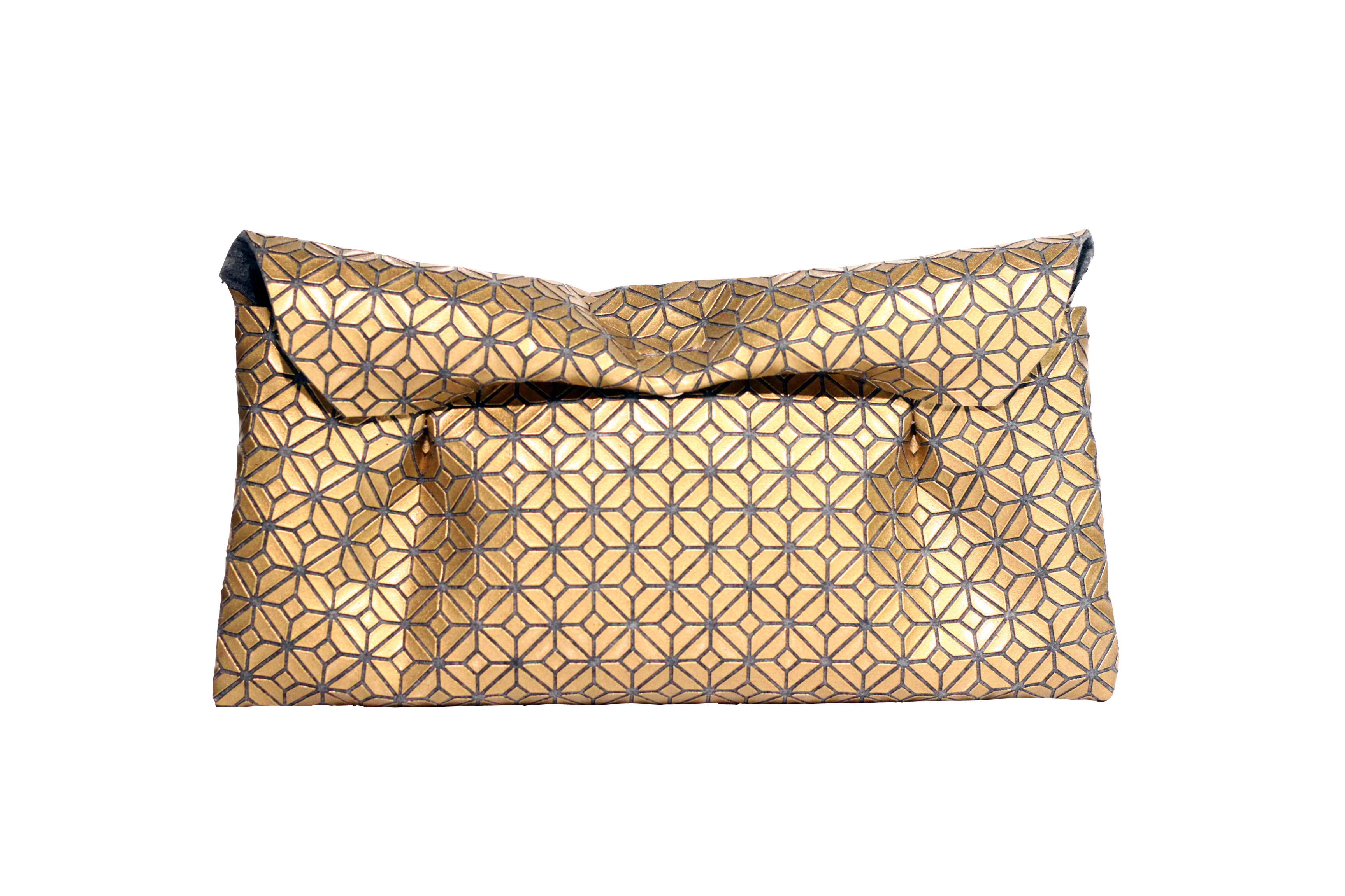 FUKUSA CLUTCH/GOLD GRAY