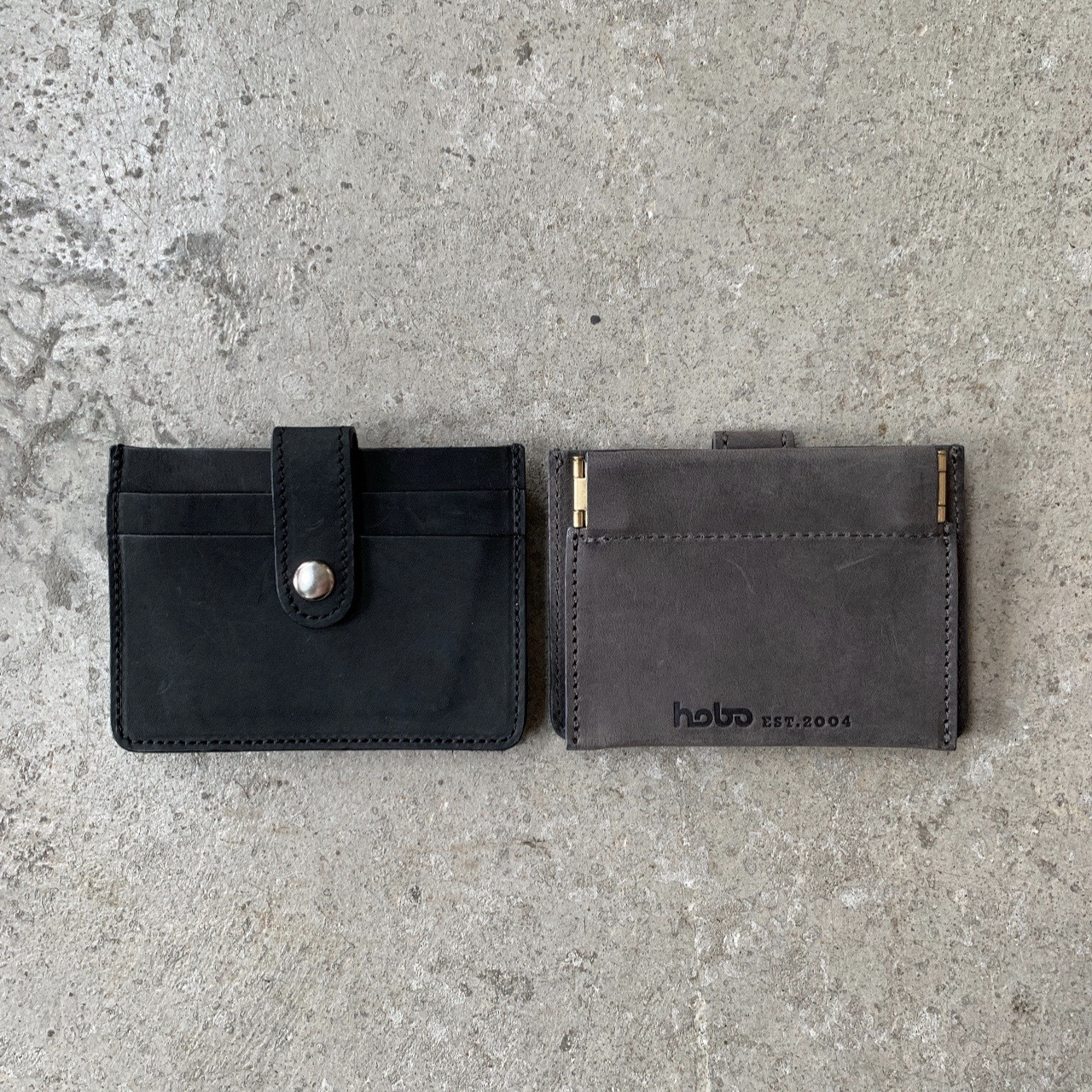 hobo -OILED COW LEATHER DOUBLE SNAP WALLET