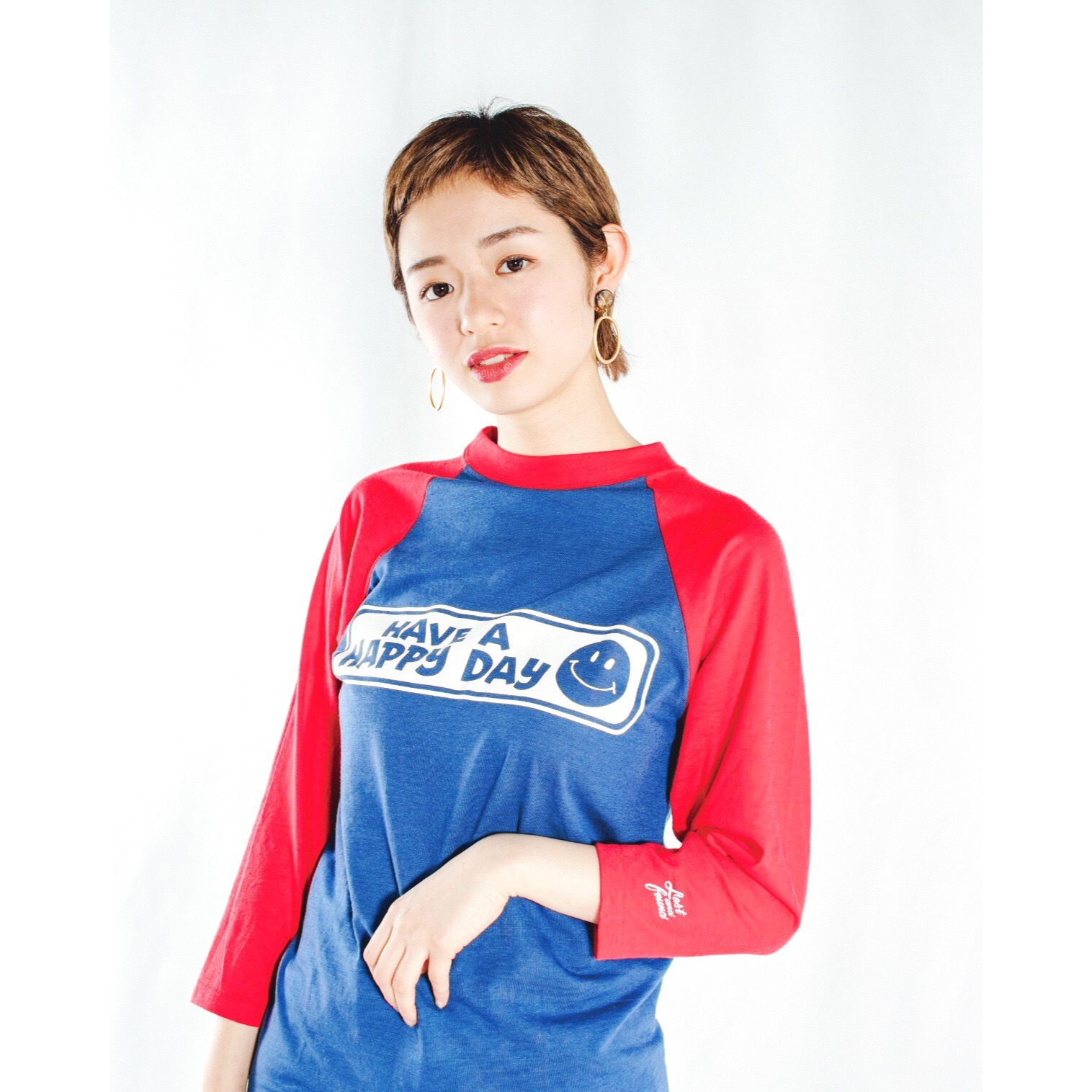 """【LOST AND FOUND】""""HAVE A HAPPY DAY"""" Vintage Raglan T-shirt (BLUE × RED)"""