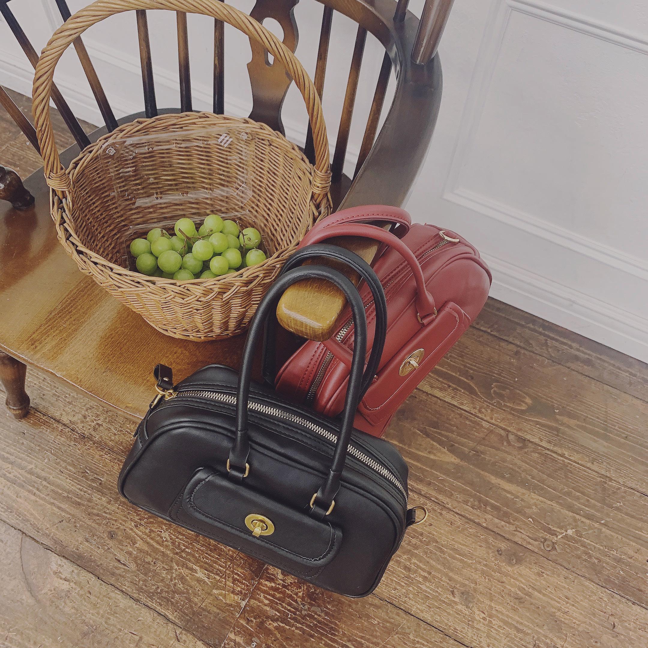 vintage like handbag