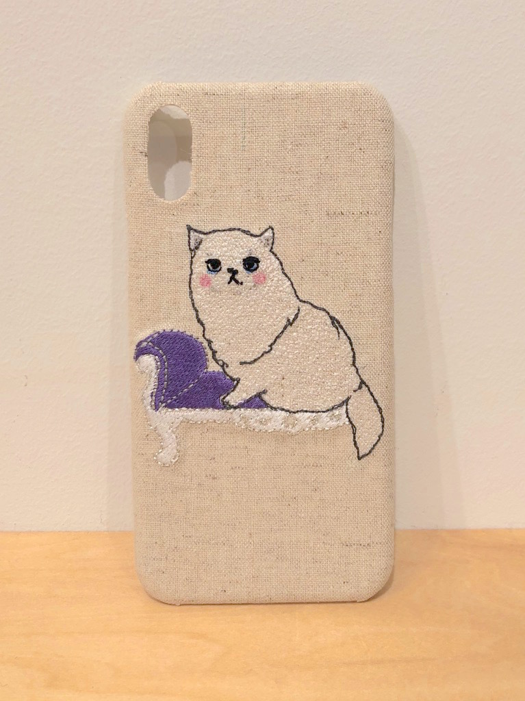 【iPhoneX/Xs専用】ソファネコiPhoneケース【綿麻生地】