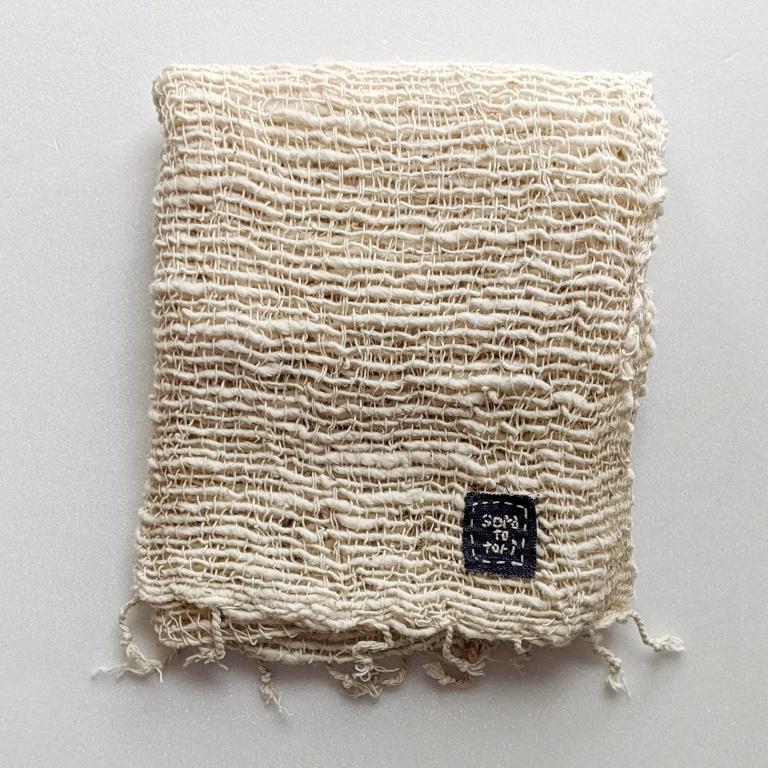 チェンマイ オリジナルタグつき 綿残るザックリ織りの生成りストール