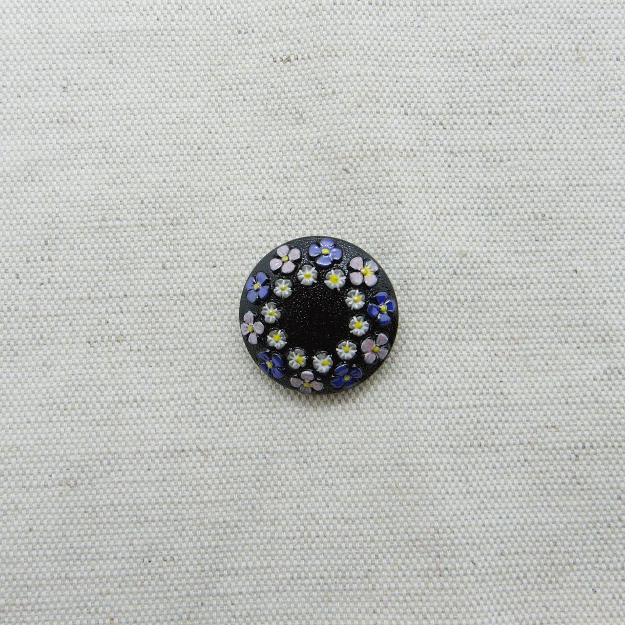 【チェコガラスボタン】2連の花冠・ブラック×ピンク紫 ::: 中2.3cm