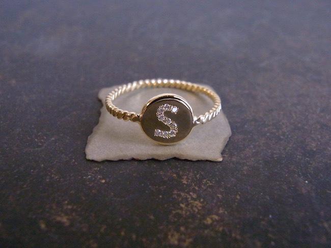 1g / K18×ダイヤモンド・アルファベットA~Zリング(1〜13号)