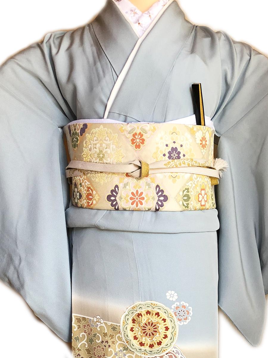 レンタル色留袖■水色地 横ぼかしに唐花柄そして丸文柄■irotome7 - 画像3