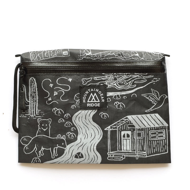 "RIDGE MOUNTAIN GEAR Travel Pouch Plus JUN OSON ""Trail""(SolidBlack × WhitePrint)リッジマウンテンギア"