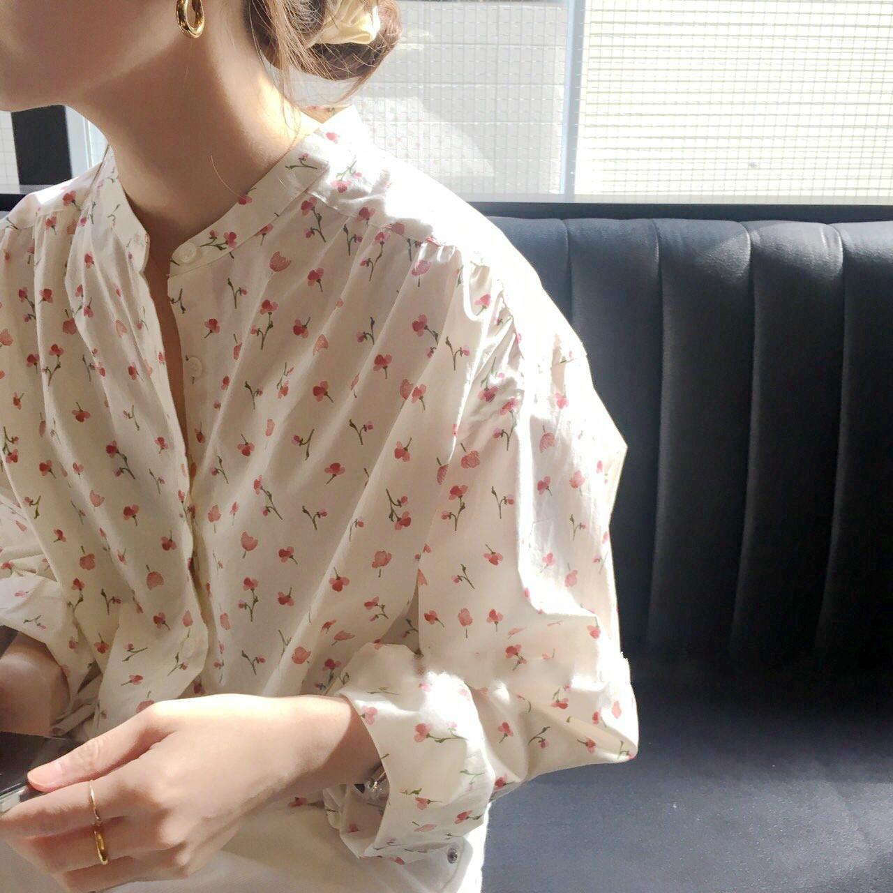 【即納】【送料無料】ガーリーな小花柄 ♡ ラウンドネック カジュアル ブラウス シャツ
