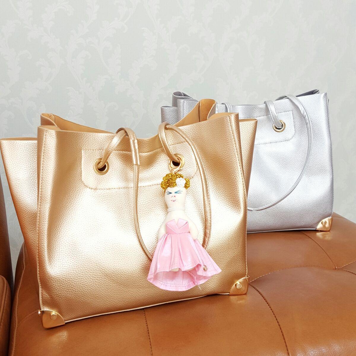 メタリックバッグ