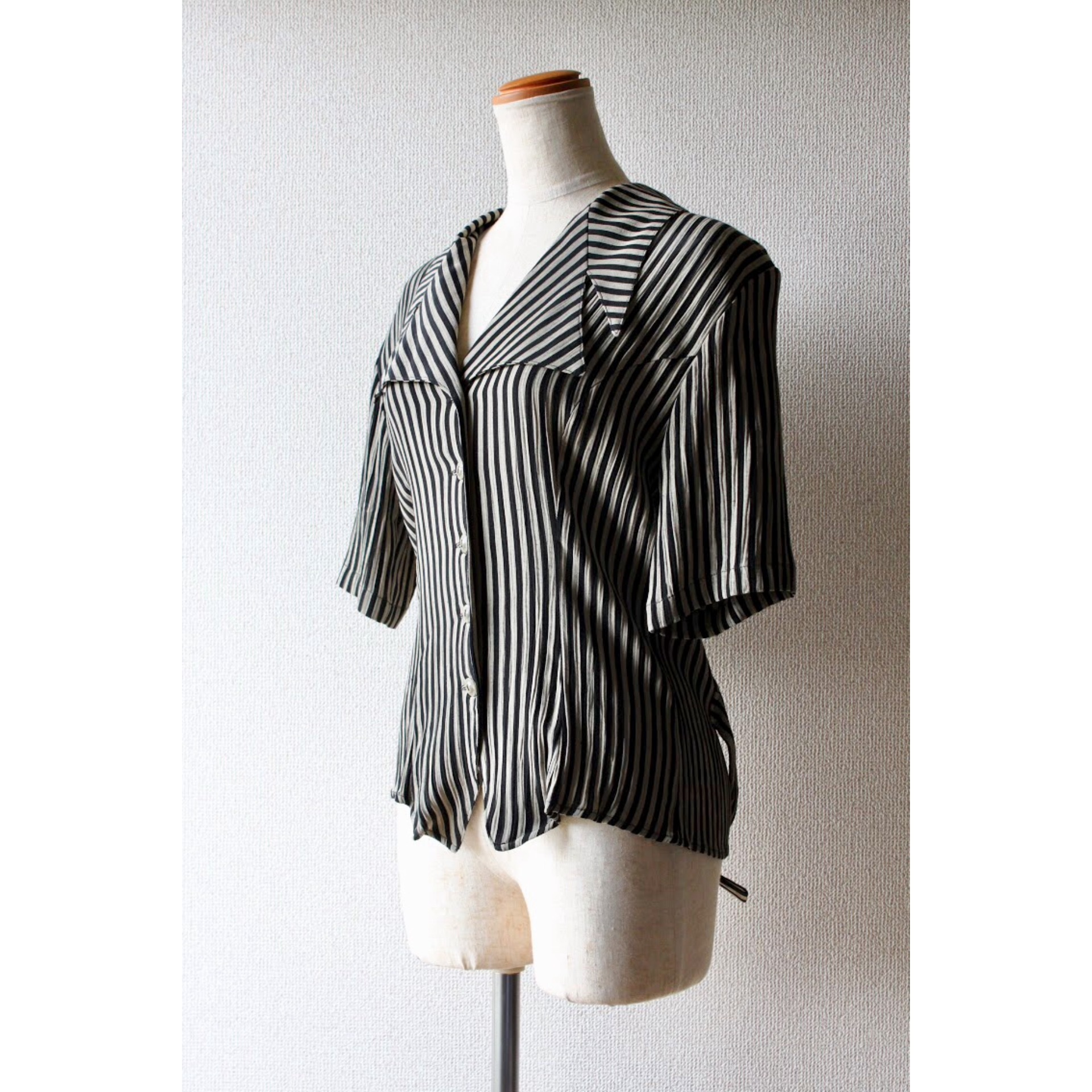 Vintage stripe short sleeve shirt