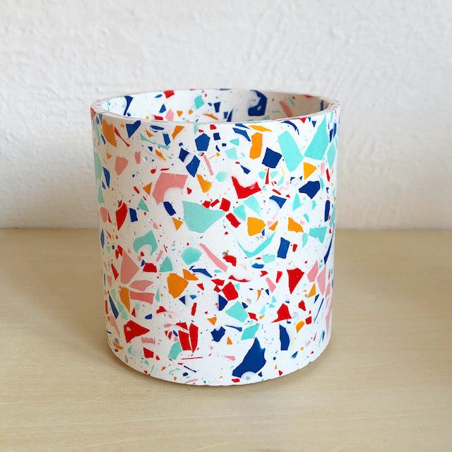 """EMILY MARLIN """"Royal Pot (White)"""""""