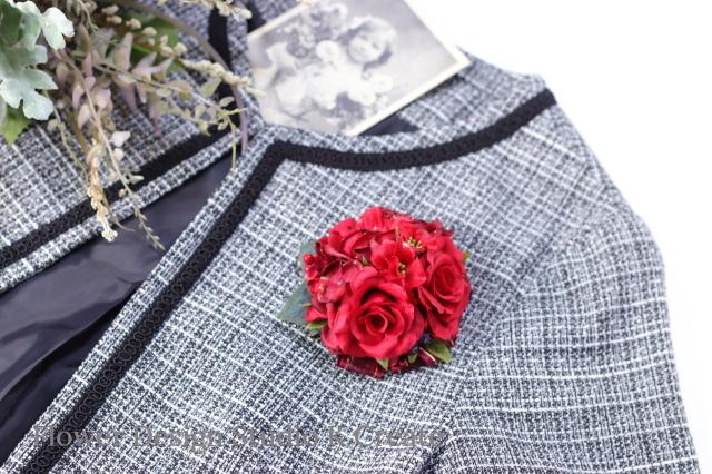 赤いアネモネと薔薇のコサージュ(ヘッドドレス可) クリスマス 赤 お花 紫陽花 ヘアクリップ 結婚式