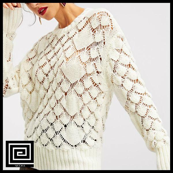 ドロップショルダーアイレットセーター
