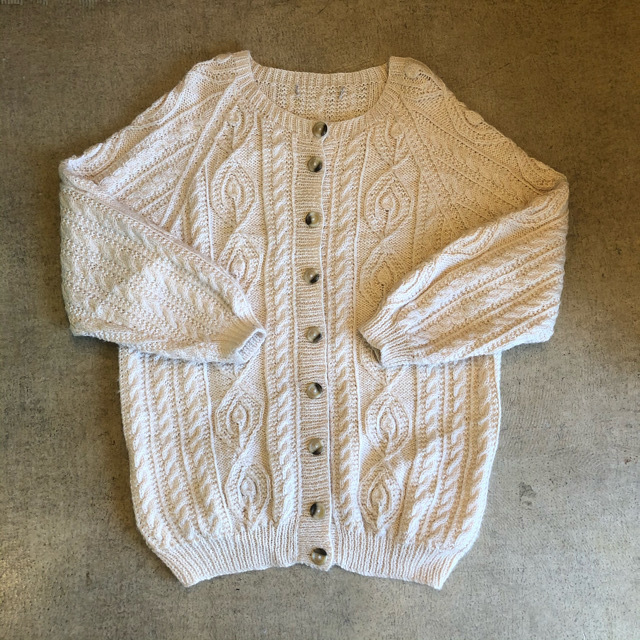 Cable Cardigan ¥7,200+tax