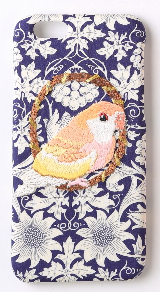 刺繍iPhone6/6sケース アキクサインコ【リバティプリント ネイビー】