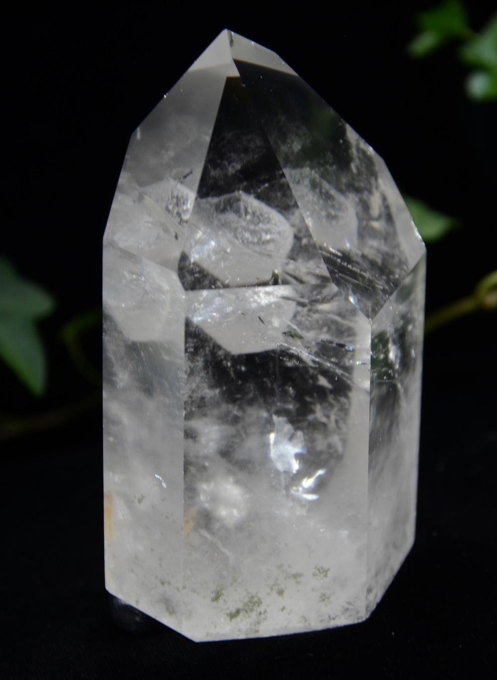 カーサクリスタルポイント 小さな貫入水晶入り 267g a0095
