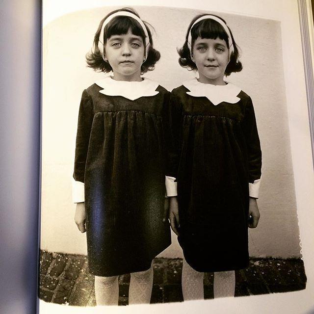 写真集「Revelations/Diane Arbus」 - 画像2