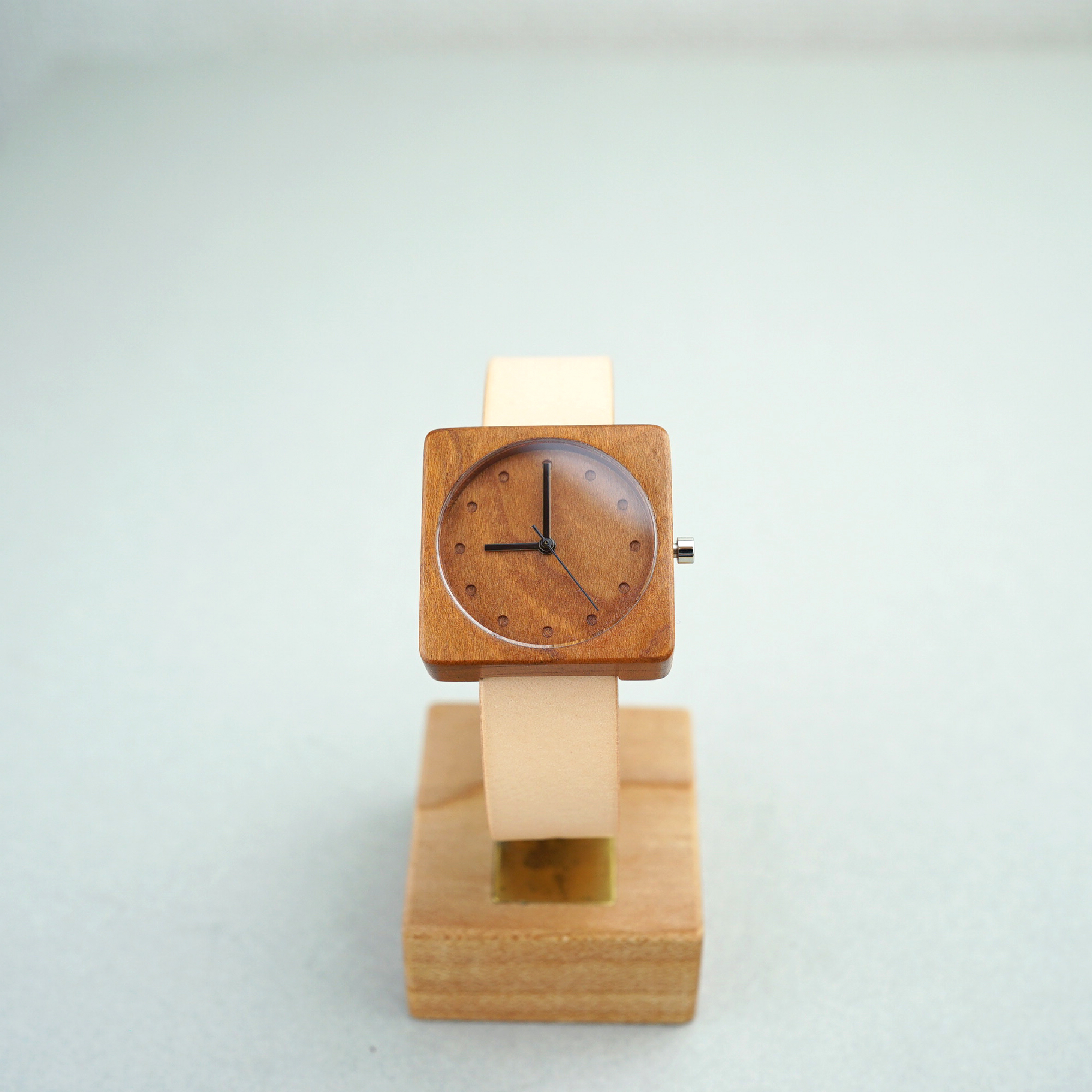 Square Cherry wood - Japanese leather - M