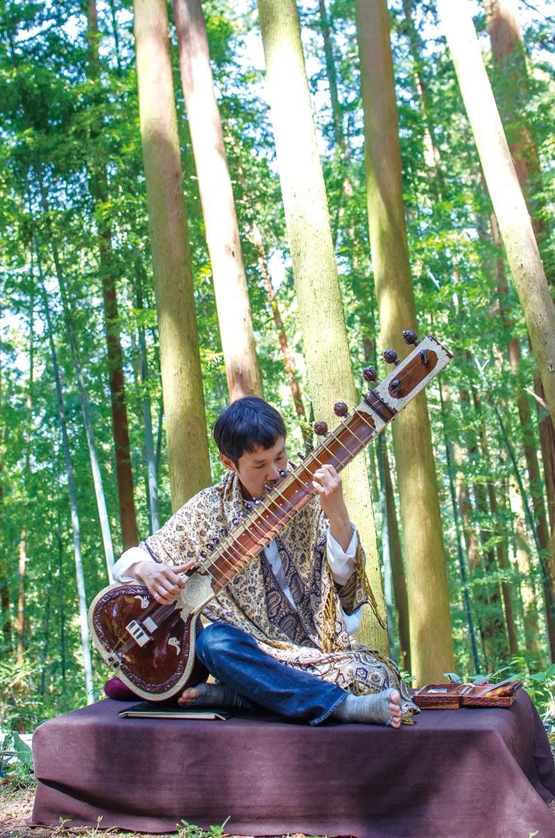 【11/3 14:30〜】<第1部>Roots7ヨガと音真森シタールの音瞑想※残席1名