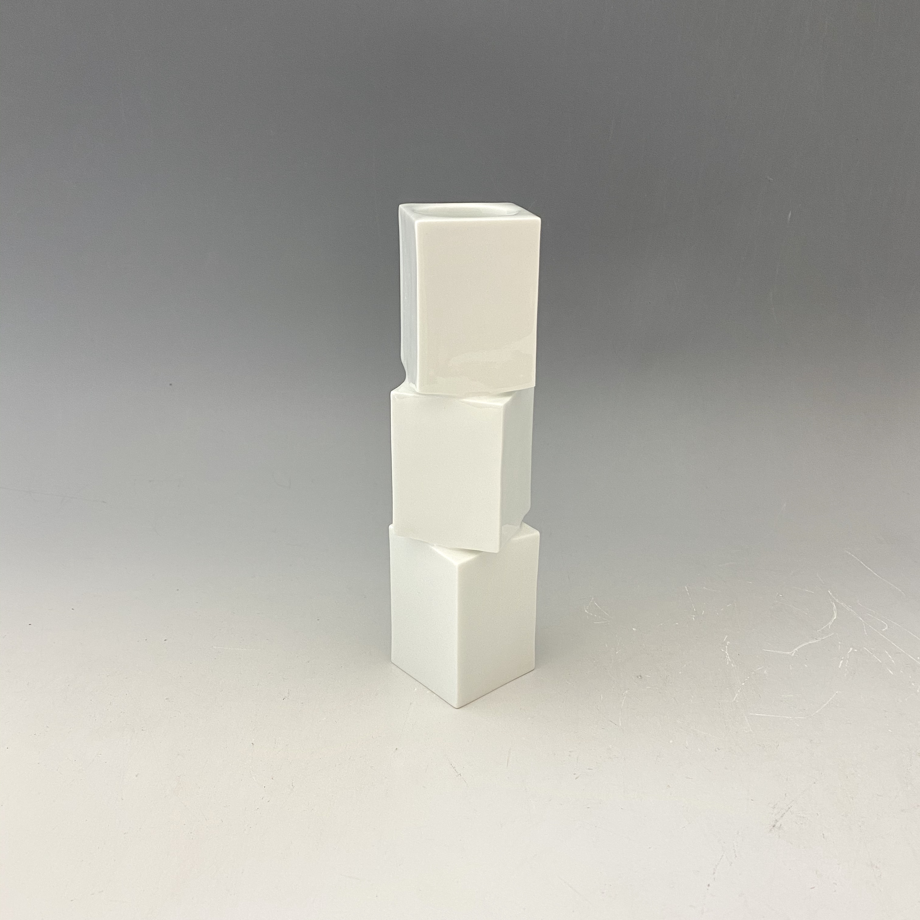 【中尾純】白磁面取花器