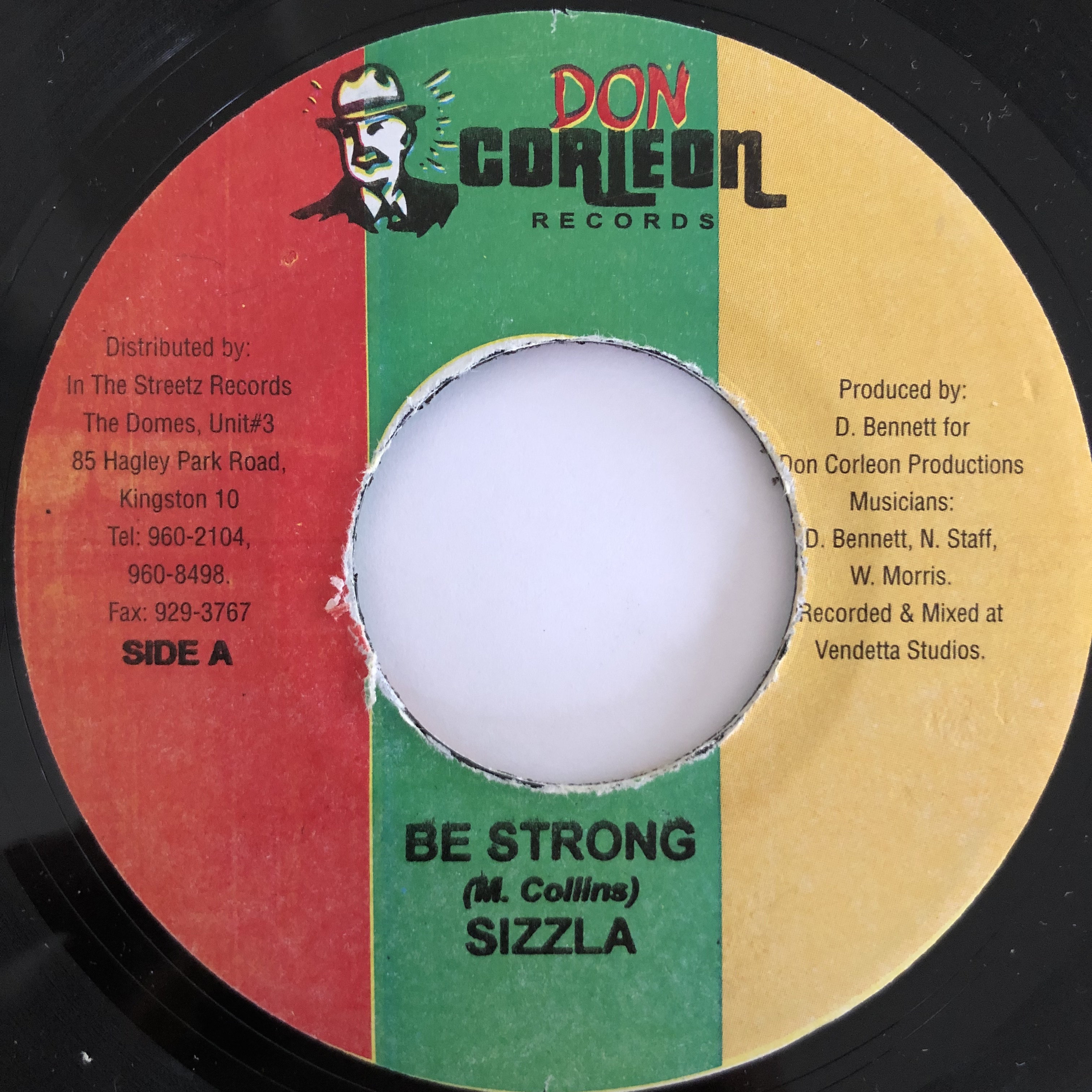 Sizzla(シズラ) - Be Strong【7-20032】