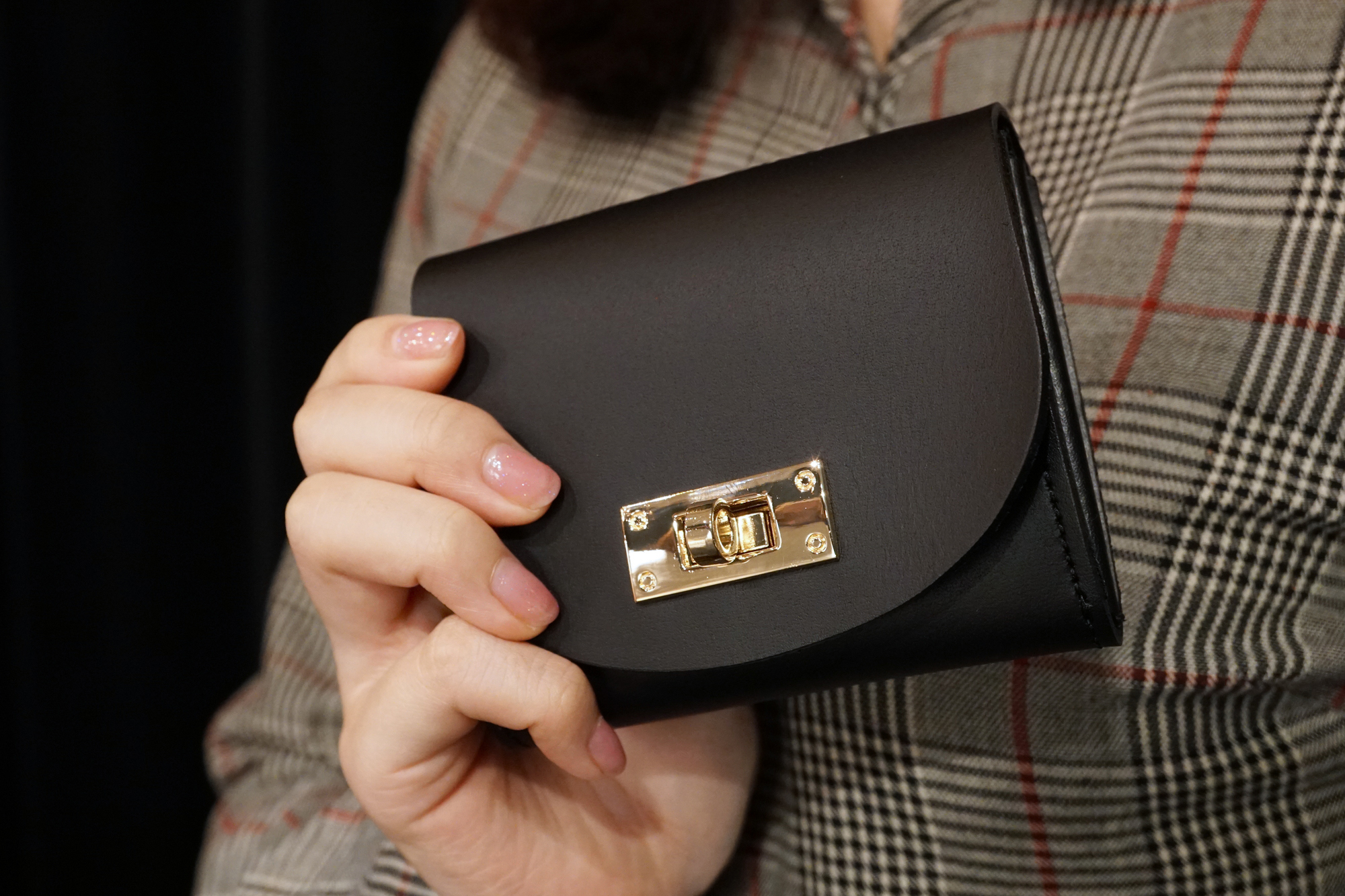 身軽にキメたい時のコンパクト財布|T式マットブラック(本革製)