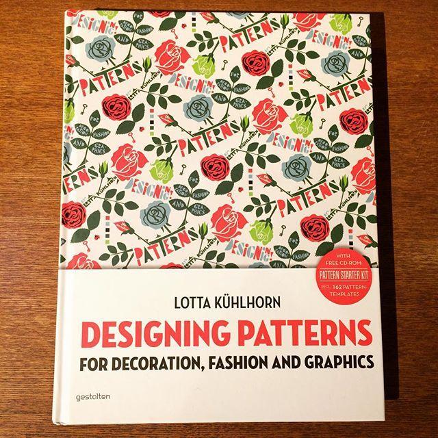 デザインの本「Designing Patterns/Lotta Kuhlhorn」 - 画像1
