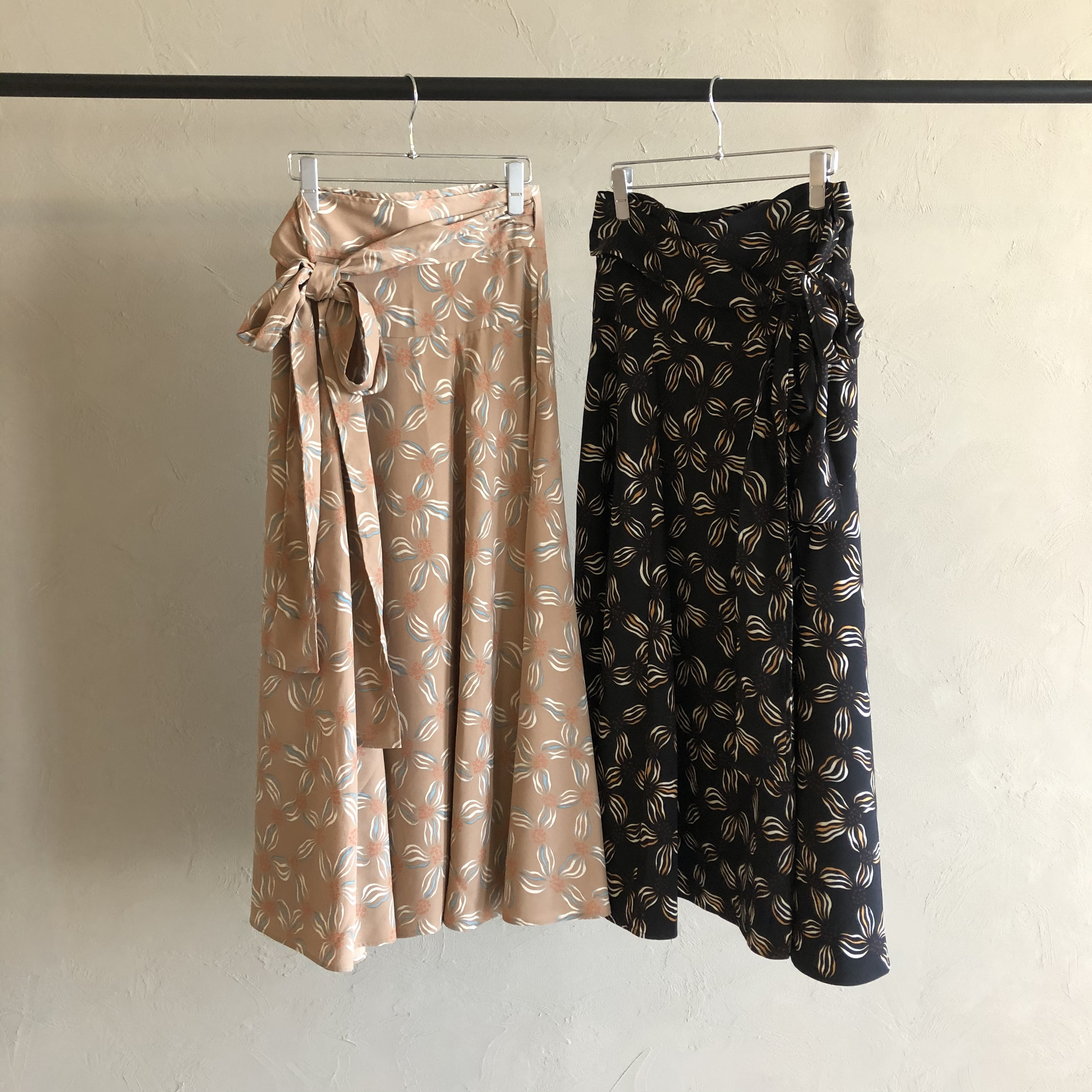 【 NAUS 】- 0022-S- 2way FLOWER WRAP SKIRT