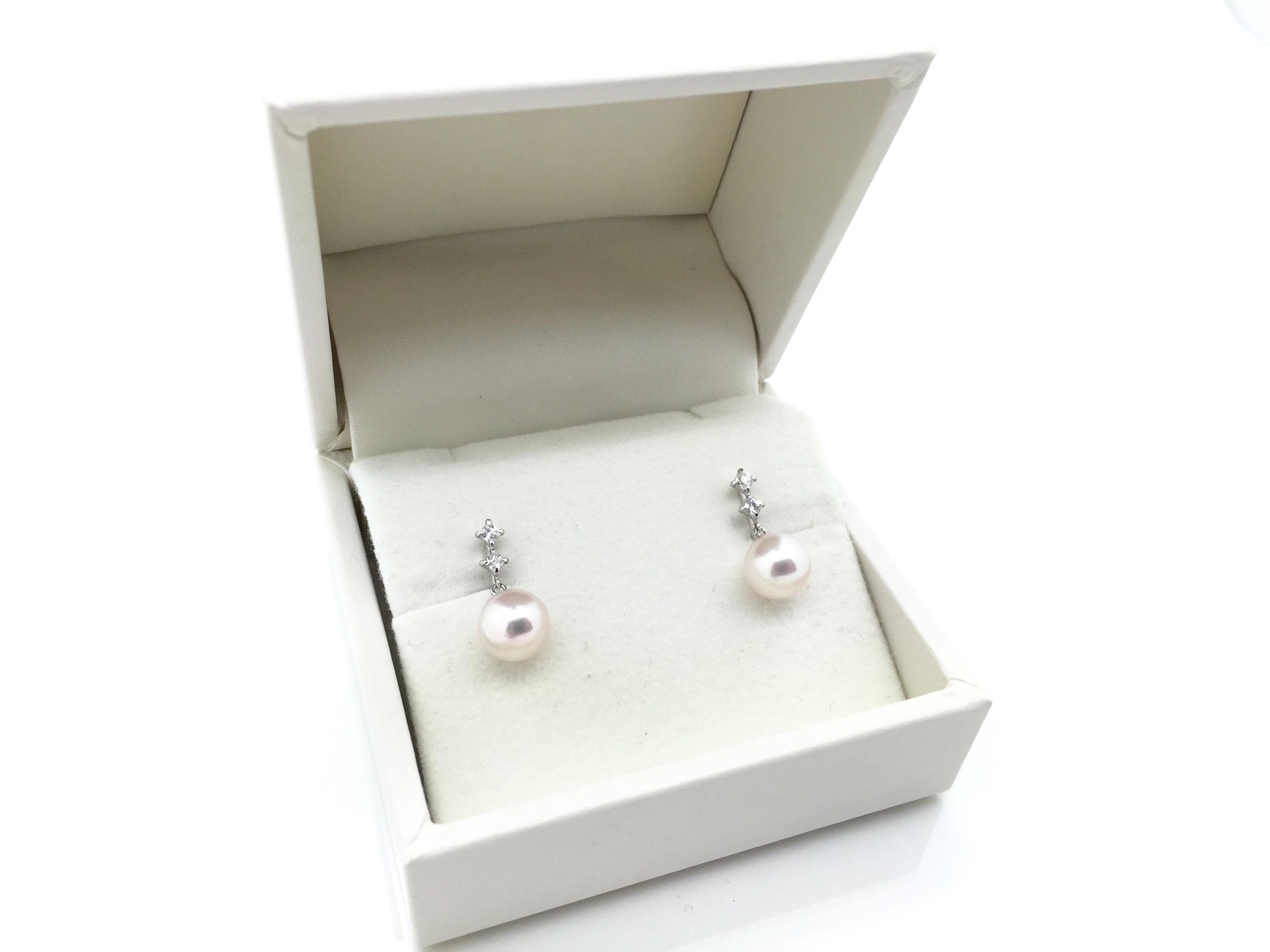 アコヤ真珠デザインイヤリング