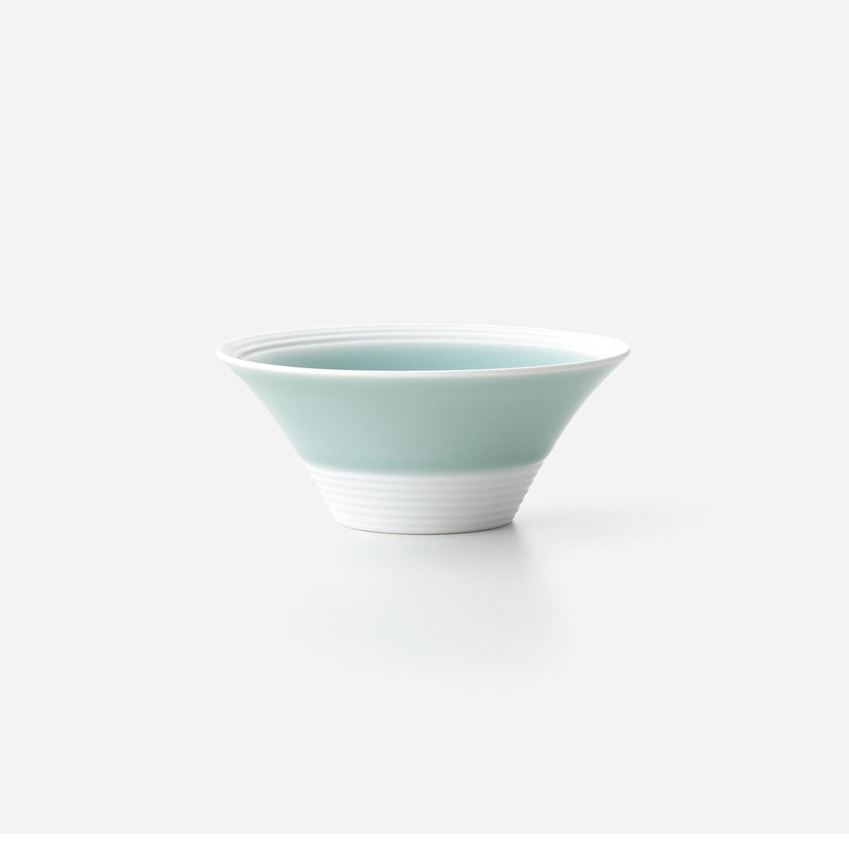 青磁白彩 広口深小鉢