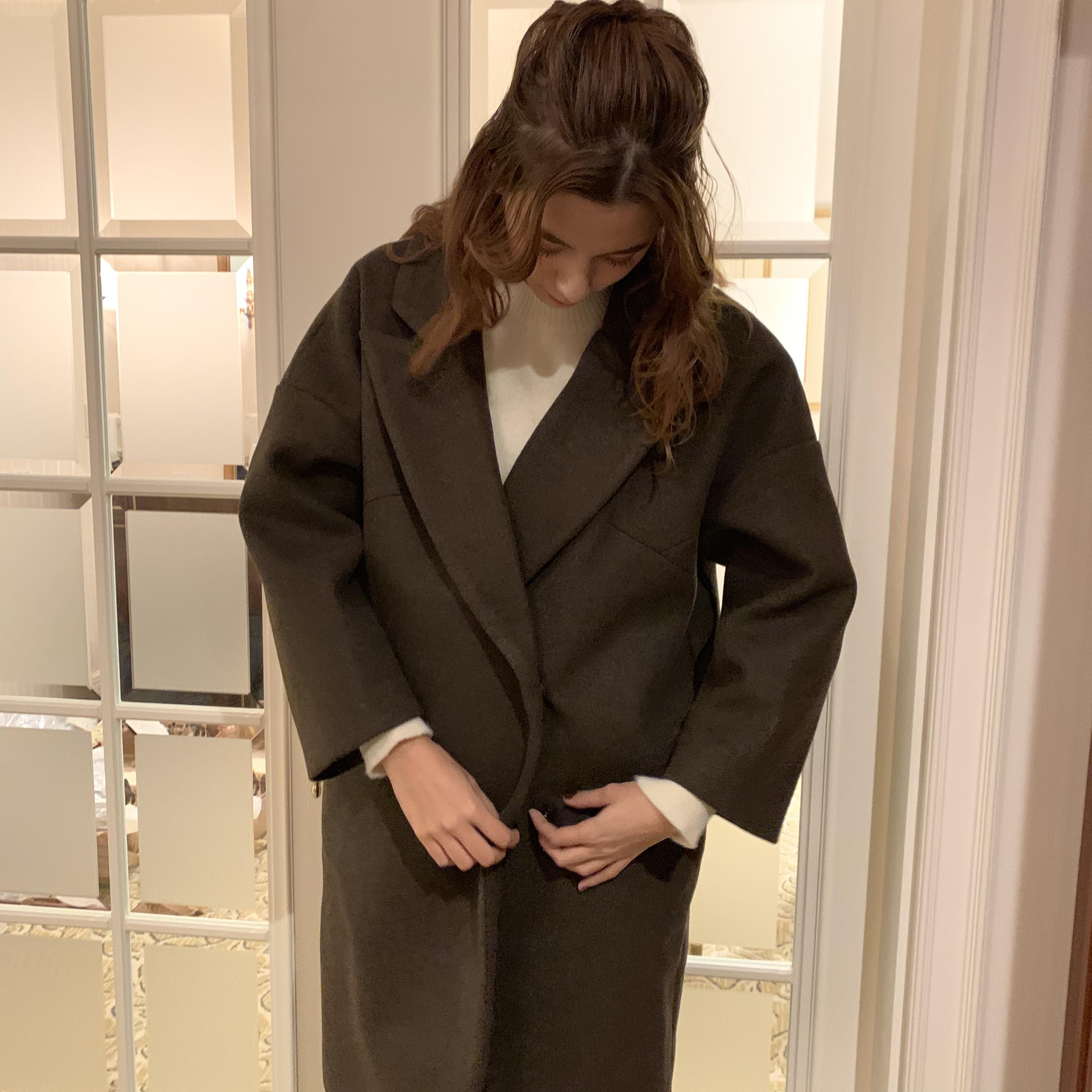 cocoon silhouette coat