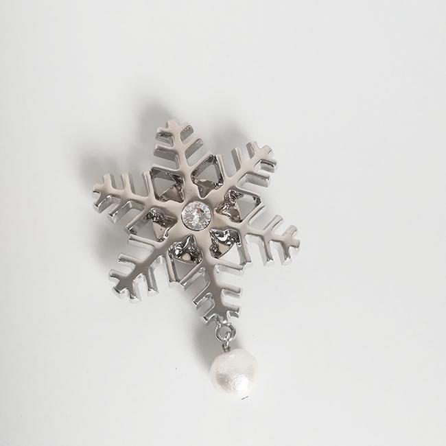 大きい!雪の結晶の帯留め