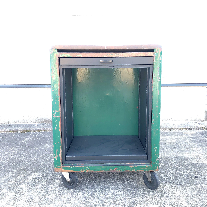 品番2619 インダストリアル キャビネット グリーン  木製天板 ヴィンテージ
