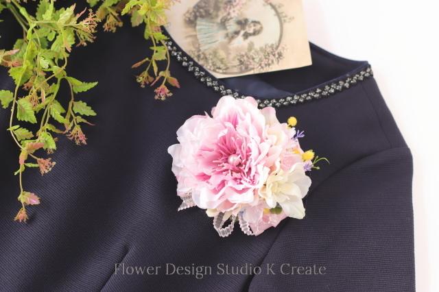 入学式・卒業式・結婚式に♡優しいピンクのピオニーのコサージュ(ヘッドドレス可)