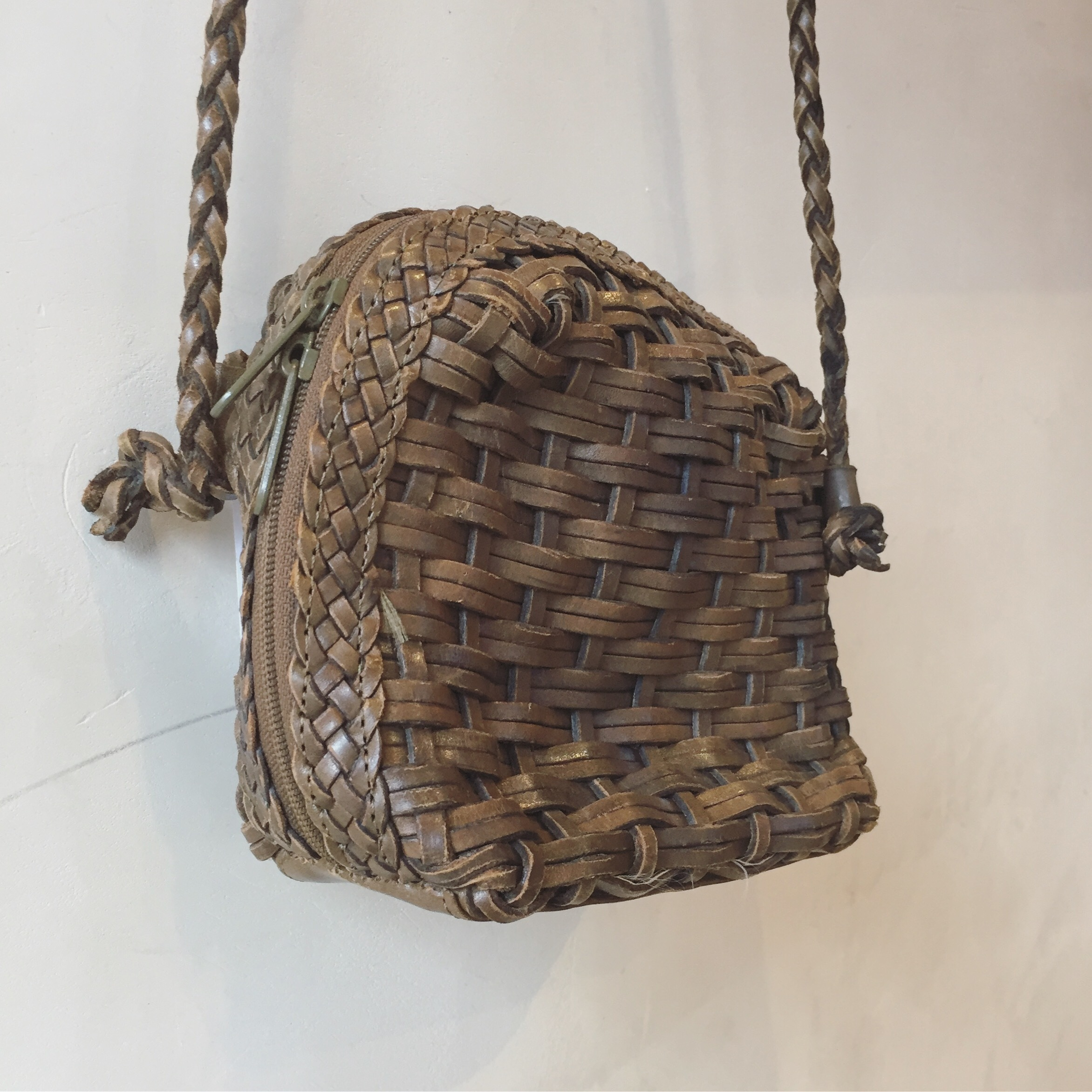vintage leather mesh bag