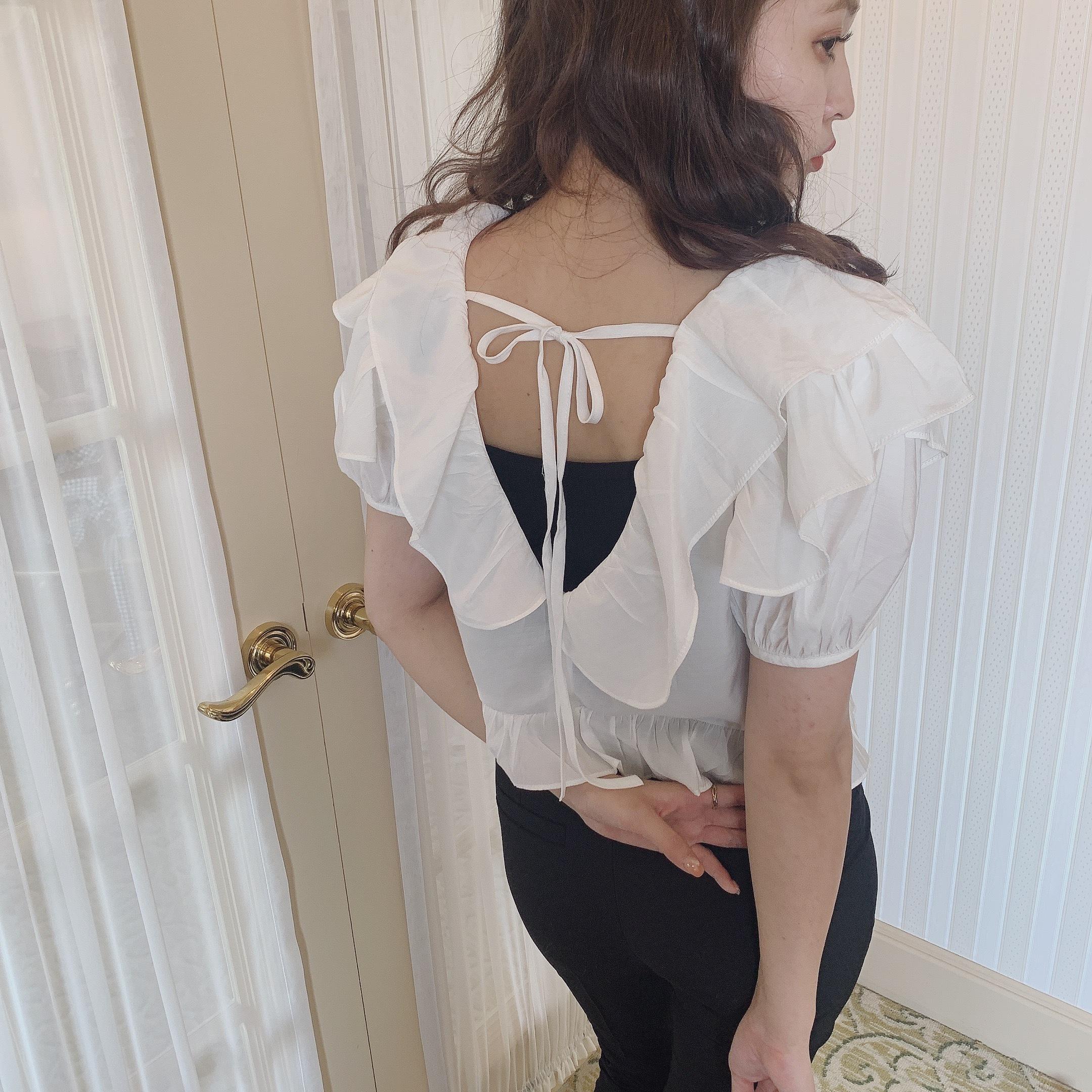 frill back ribbon blouse