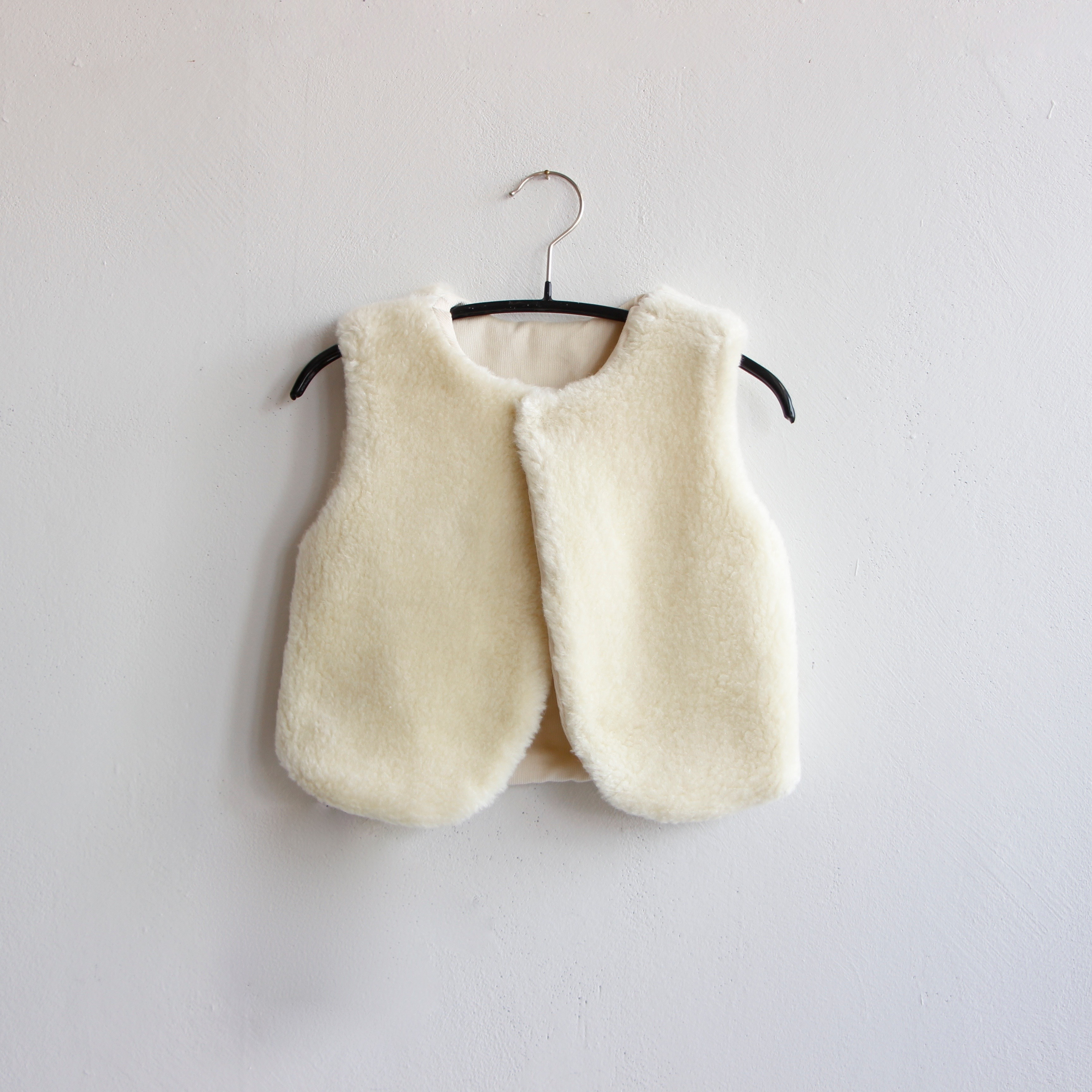 《mimi poupons 2020AW》リバーシブルボアベスト / offwhite
