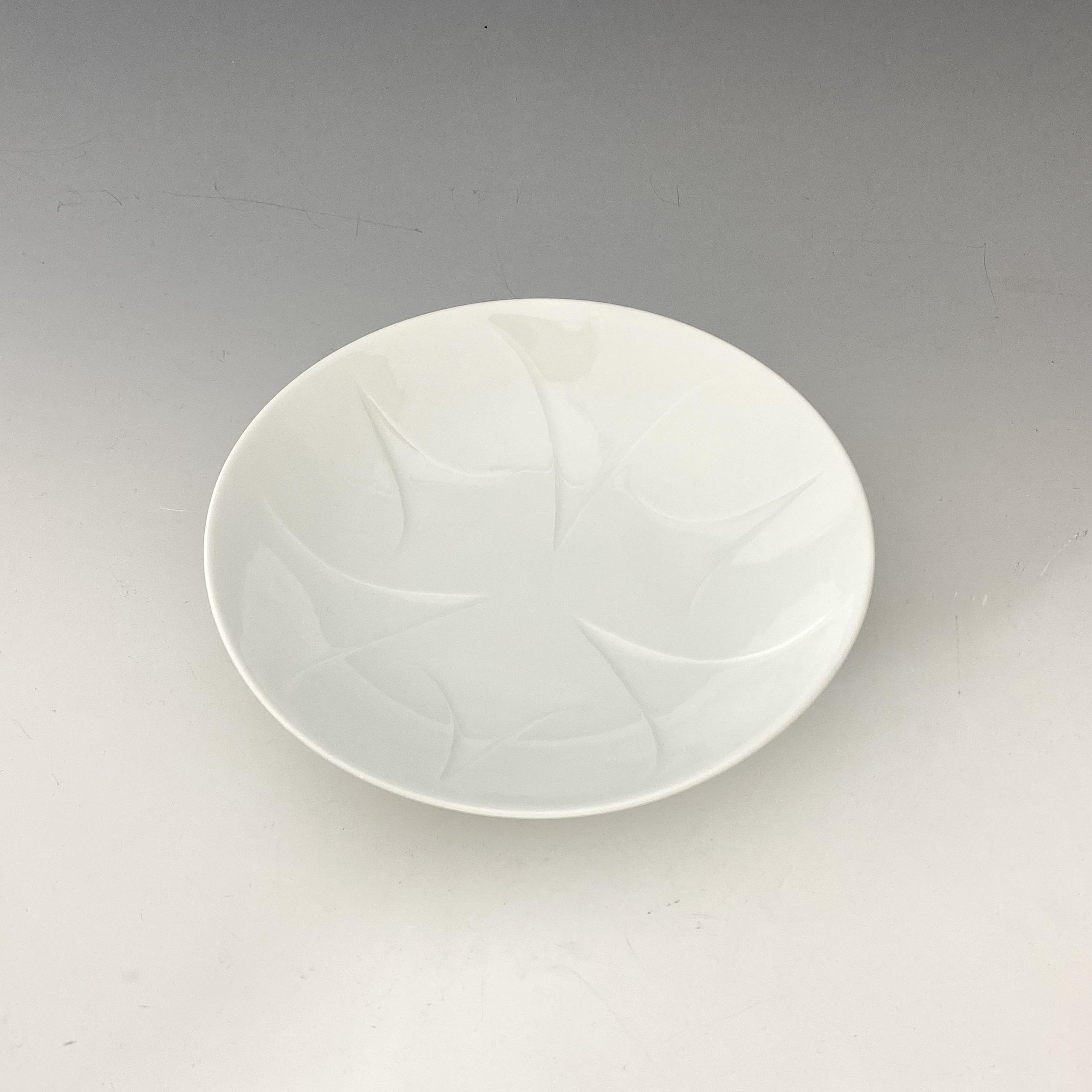 【中尾純】白磁彫皿